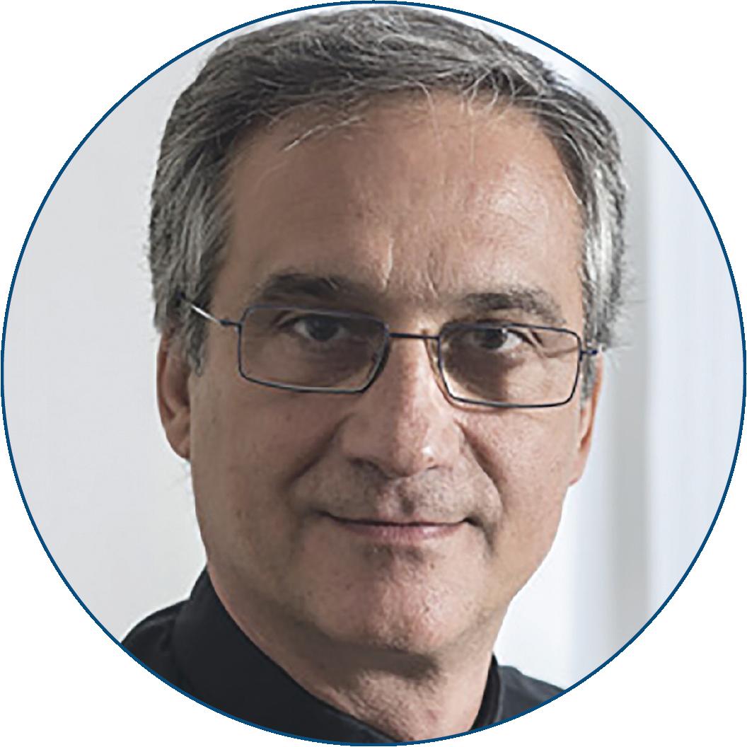 Monseñor Dario Edoardo Viganò